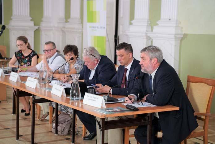Atlas rolny, Jan Krzysztof Ardanowski, Jarosław Sachajko, Czesław Siekierski, WPR, polityka rolna