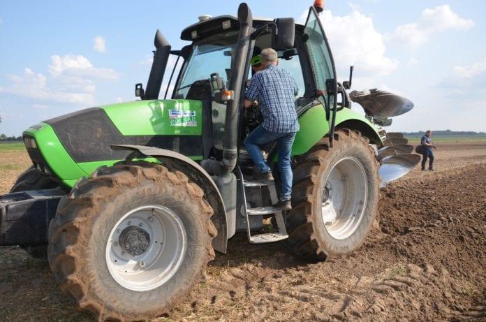 rolnik, rolnictwo, oc ciągnika, oc przyczepy, Krajowa Rada Izb Rolniczych, Wiktor Szmulewicz,