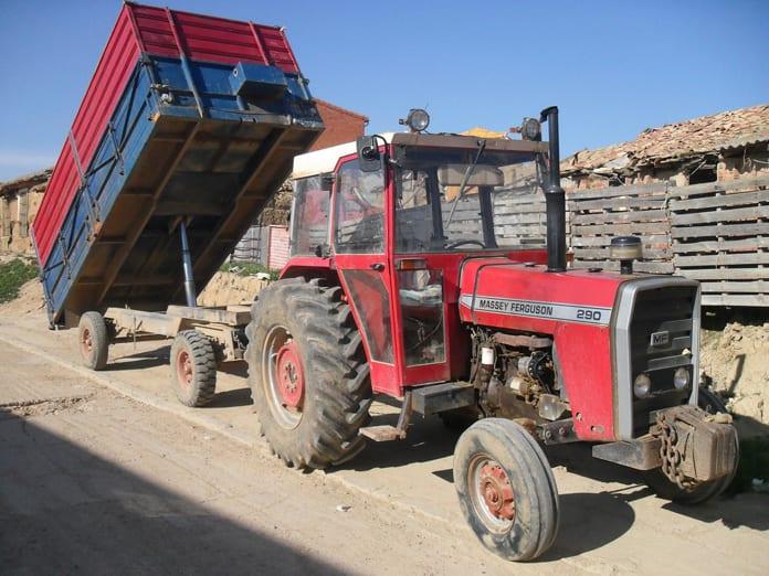 Rynek ciągników używanych, Massey Ferguson, McCormick, John Deere, Sprzedaż ciągników używanych, Polska Izba Gospodarcza Maszyn i Urządzeń Rolniczych