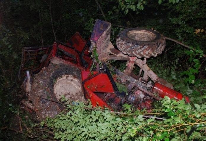 ciągnik, zysk rolnika, rolnictwo, rolnik, wypadek, policja, KPP Sanok, wypadki na wsi, wypadek ciągnika