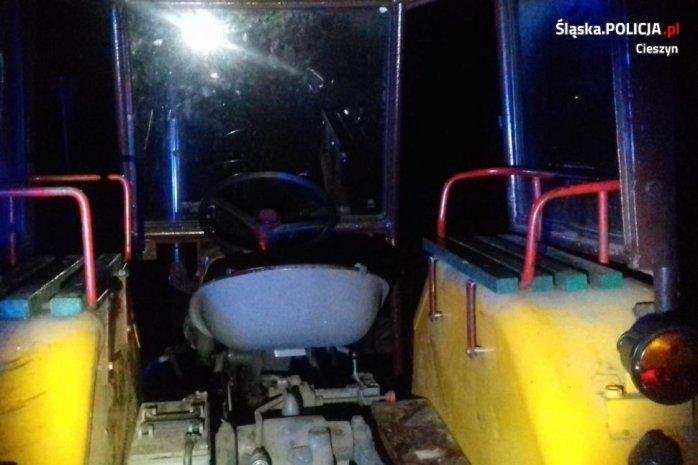 ciągnik, pijany traktorzysta, wypadki na wsi, wypadek ciągnika