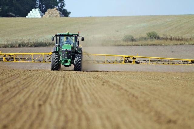 rolnik, rolnictwo, portal rolny, glifosat, Roudup, uprawa pożniwna