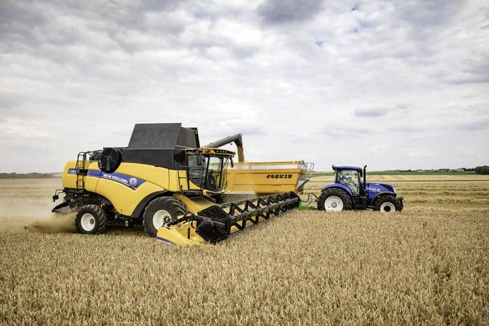 rolnik, rolnictwo, portal rolny, zboża, żniwa, zbiory zbóż, zbiory rzepaku