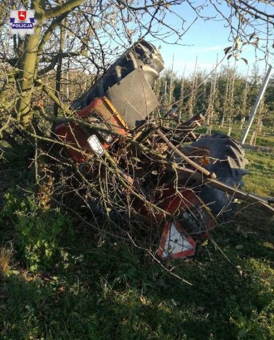 przewrócili ciągnik, wypadki na wsi, wypadki w rolnictwie, wypadek z udziałem rolnika, KPP Opole Lubelskie