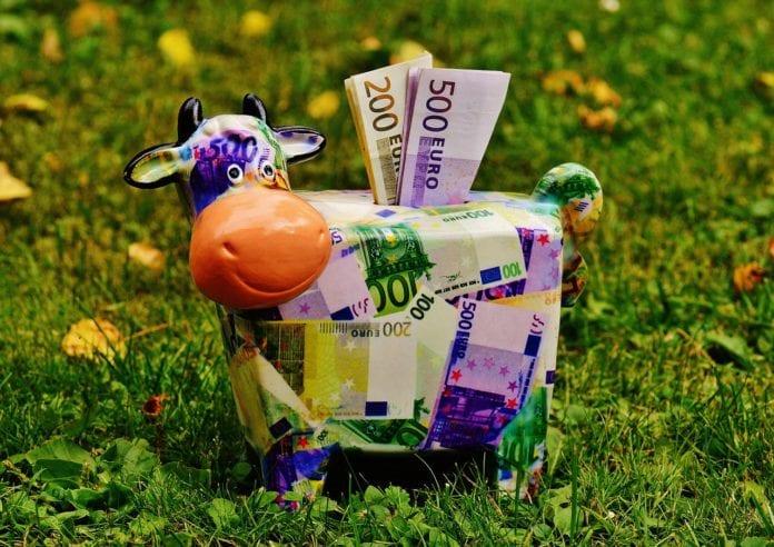 rolnik, pomoc dla rolnika, miliard euro, młodzi rolnicy, młody rolnik, Phil Hogan,