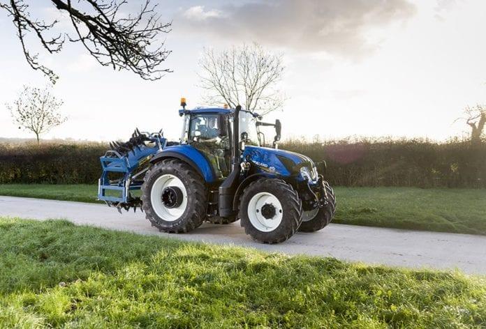 rolnik, rolnictwo, ciągnik, New Holland, najpopularniejsze ciągniki