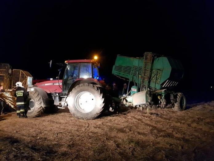 rolnik wciągnięty przez kombajn do buraków, ciągnik, buraki, wypadki na wsi, wypadek z udziałem rolnika, wypadek na polu, OSP Radecznica