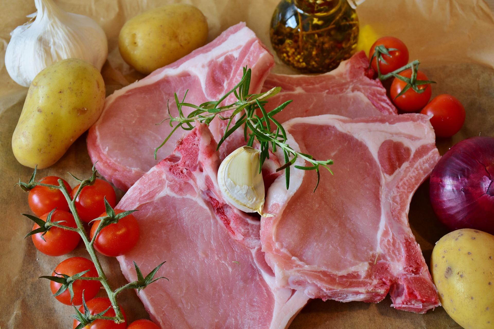 import wieprzowiny,  eksport wieprzowiny,  świnie,  trzoda chlewna,  produkcja trzody chlewnej,  mięso wieprzowe,  BGŻ BNP Paribas